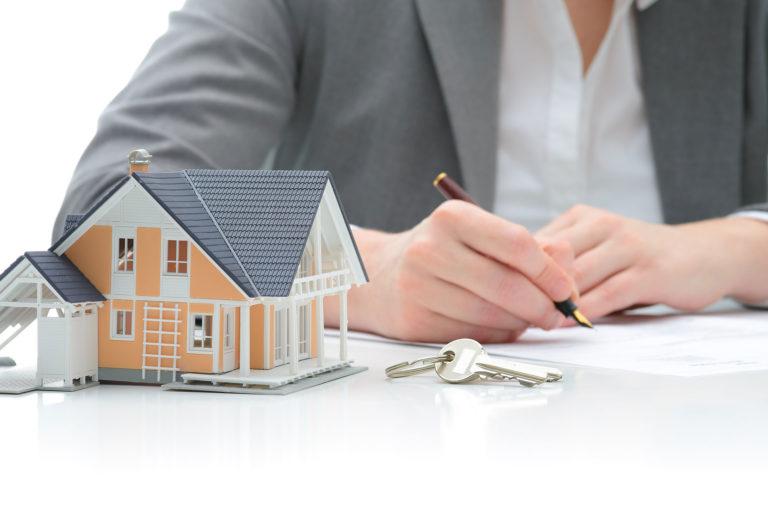 Halle-Service-Immobilien - Immobilienvertrag